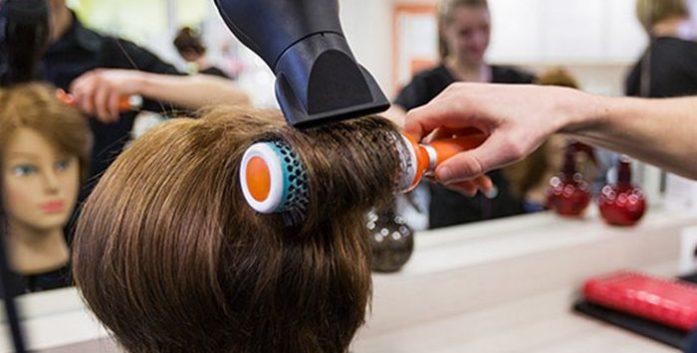 Pour devenir coiffeur, quelles formations suivre ?